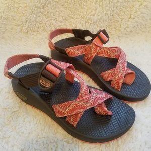 1b8d4997418785 Chaco s Toe Strap Trail Sandals Orange   Pink EUC